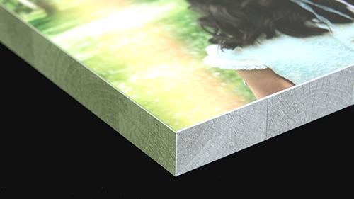 Campaña de comuniones en RigidPan Panel Ligero Adhesivo a Medida con laminado y canto de madera