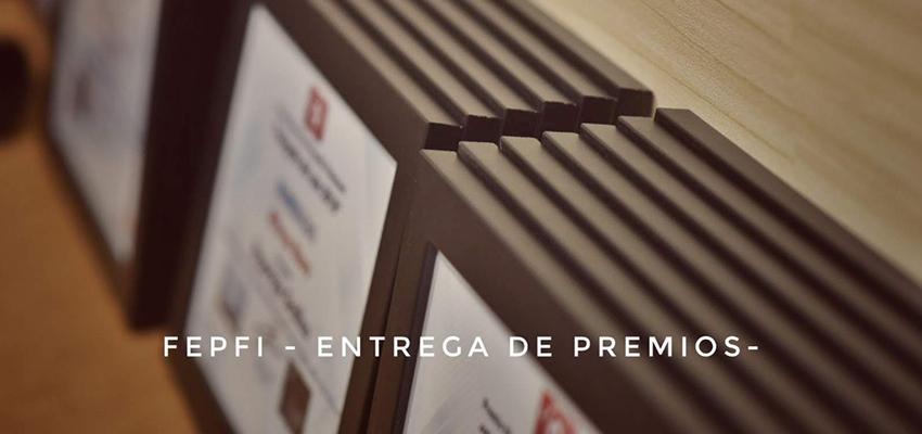 marcos de madera para fotos de exposición de FEPFI | ToT Marc, Marcos a medida