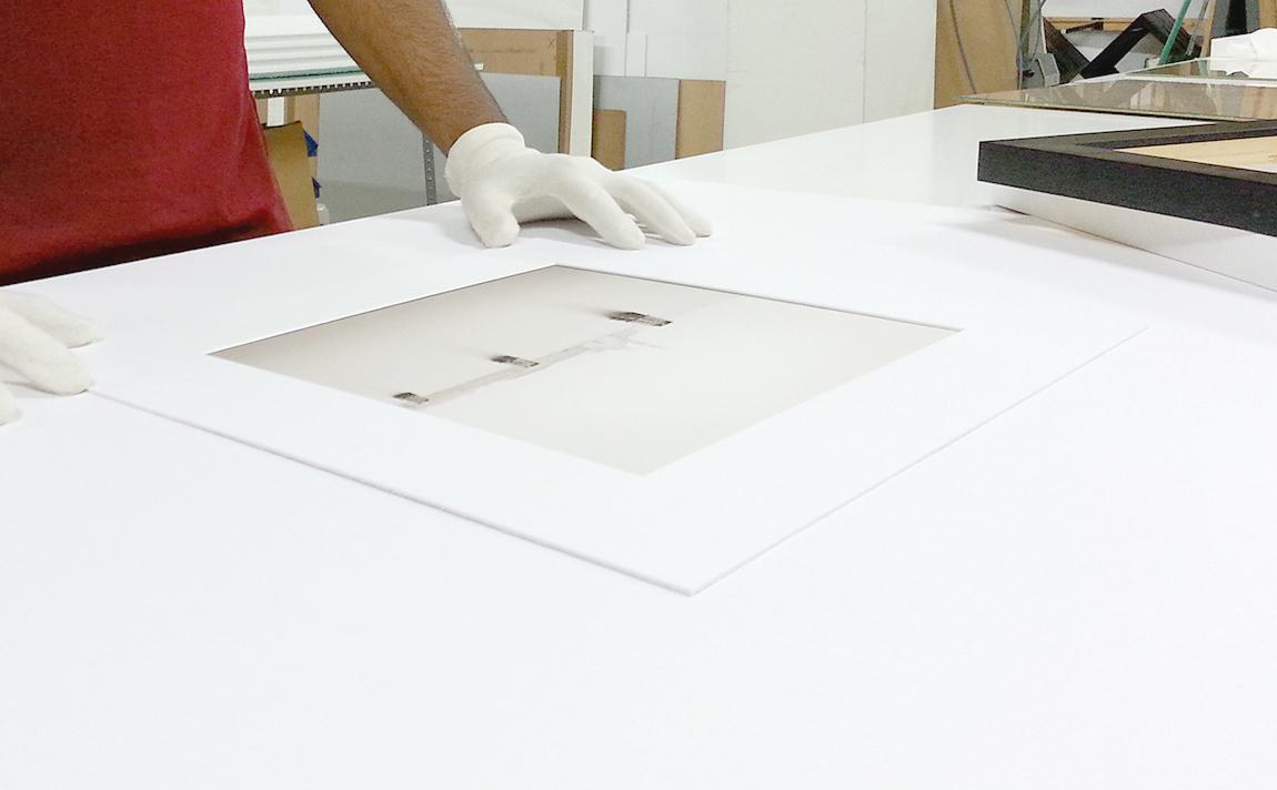 PROCESO DE ENMARCADO de una exposición fotográfica fine art   tot marc